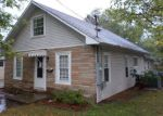 Bank Foreclosure for sale in West Frankfort 62896 E POPLAR ST - Property ID: 2872380795