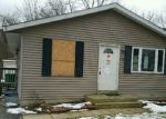 Bank Foreclosure for sale in Round Lake Beach 60073 WILDWOOD DR - Property ID: 3512994851