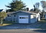 Bank Foreclosure for sale in North Bend 97459 WALL ST - Property ID: 3870966765