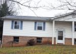Bank Foreclosure for sale in Maryville 37803 MARK LN - Property ID: 3894317341