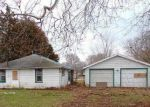 Bank Foreclosure for sale in Manito 61546 S BROADWAY ST - Property ID: 3907079913