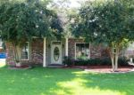 Bank Foreclosure for sale in Gonzales 70737 WHISPERING OAKS DR - Property ID: 3930302151