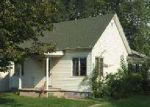 Bank Foreclosure for sale in Morrisonville 62546 W 1ST ST - Property ID: 4032148188