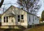 Bank Foreclosure for sale in Lincoln 62656 PEORIA ST - Property ID: 4081543338