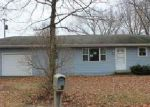 Bank Foreclosure for sale in Mapleton 61547 S ROBINSON LN - Property ID: 4107050959