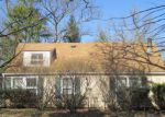 Bank Foreclosure for sale in Mchenry 60050 BULL VALLEY RD - Property ID: 4115085583