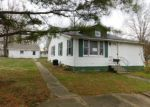 Bank Foreclosure for sale in Benton 62812 N 10TH ST - Property ID: 4117243477
