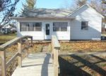 Bank Foreclosure for sale in Weldon 61882 OAK ST - Property ID: 4118223668