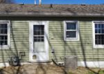 Bank Foreclosure for sale in Wood River 62095 WHITTIER ST - Property ID: 4121652114