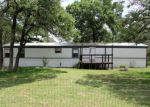 Bank Foreclosure for sale in La Vernia 78121 HICKORY HILL DR - Property ID: 4131843332