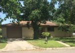 Bank Foreclosure for sale in Luling 78648 PARKVIEW ST - Property ID: 4142333698