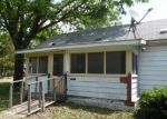 Bank Foreclosure for sale in Staunton 62088 ROOSEVELT ST - Property ID: 4149770945