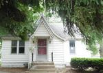 Bank Foreclosure for sale in Staunton 62088 N LAUREL ST - Property ID: 4195275549