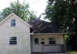 Bank Foreclosure for sale in Clinton 61727 E JOHNSON ST - Property ID: 4200308307