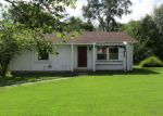 Bank Foreclosure for sale in Du Quoin 62832 MINE RD - Property ID: 4200326255