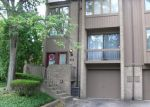 Bank Foreclosure for sale in Pittsburgh 15237 LOCUST CT - Property ID: 4213247376