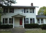 Bank Foreclosure for sale in Bloomington 61701 E OAKLAND AVE - Property ID: 4223201203