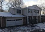 Bank Foreclosure for sale in Massillon 44646 PINE HILLS DR SW - Property ID: 4223732926