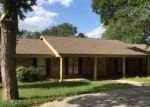 Bank Foreclosure for sale in Luling 78648 OAK CREEK CIR - Property ID: 4223827522