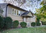 Bank Foreclosure for sale in Mundelein 60060 W CAMBRIDGE RD - Property ID: 4225975787