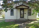 Bank Foreclosure for sale in Gillespie 62033 1ST ST - Property ID: 4227055380