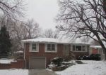 Bank Foreclosure for sale in Lincoln 68505 MEADOW DALE DR - Property ID: 4240071537