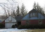 Bank Foreclosure for sale in Lansing 48917 BEARCREEK DR - Property ID: 4240765276