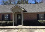 Bank Foreclosure for sale in Hammond 70401 POINTE DR - Property ID: 4244753922