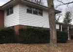 Bank Foreclosure for sale in Belleville 62226 COLUMBUS DR - Property ID: 4246843936