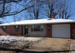 Bank Foreclosure for sale in Waterloo 62298 MARK DR - Property ID: 4247199113