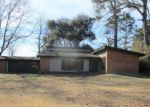 Bank Foreclosure for sale in Bastrop 71220 GLADNEY DR - Property ID: 4248081644