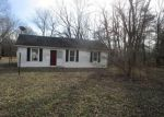 Bank Foreclosure for sale in Terre Haute 47805 E CRYSTLE AVE - Property ID: 4248117554