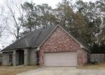 Bank Foreclosure for sale in Holden 70744 COUNTRY VIEW LN - Property ID: 4248671591