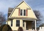 Bank Foreclosure for sale in Clinton 61727 W SOUTH ST - Property ID: 4249568563