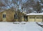 Bank Foreclosure for sale in Rochester 14615 HEMLOCK WOODS LN - Property ID: 4250291662