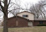 Bank Foreclosure for sale in Greenwood 46142 ROCKINGCHAIR RD - Property ID: 4266213322
