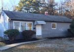 Bank Foreclosure for sale in Brentwood 11717 EISENHOWER AVE - Property ID: 4267239948