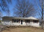 Bank Foreclosure for sale in Topeka 66614 SW 31ST ST - Property ID: 4267391475