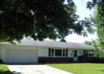 Short Sale in Peoria 61604 N GOLF DR - Property ID: 6312561414