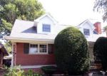 Short Sale in Evergreen Park 60805 S SACRAMENTO AVE - Property ID: 6316324940