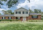 Short Sale in Brandon 33511 HICKORY CREEK BLVD - Property ID: 6321912156