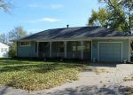 Bank Foreclosure for sale in Cedar Rapids 52405 1ST AVE SW - Property ID: 3110147683