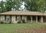 Bank Foreclosure for sale in Lawrenceburg 38464 WHIPPOORWILL DR - Property ID: 3854915445