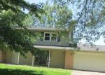 Bank Foreclosure for sale in Hartford City 47348 N MEADOW LN - Property ID: 4152205632