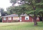 Bank Foreclosure for sale in Snow Hill 28580 TITUS MEWBORN RD - Property ID: 4211646586
