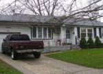 Bank Foreclosure for sale in Brentwood 11717 SWALLOW LN - Property ID: 4213380968