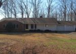 Bank Foreclosure for sale in Centerville 37033 N OAK DR - Property ID: 4251063815