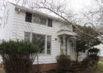 Bank Foreclosure for sale in Maple Heights 44137 ELMWOOD AVE - Property ID: 4272851251