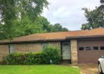 Bank Foreclosure for sale in Beaumont 77706 FOLSOM DR - Property ID: 4281615105