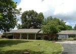 Bank Foreclosure for sale in Muscle Shoals 35661 RIVER RD - Property ID: 4283134899